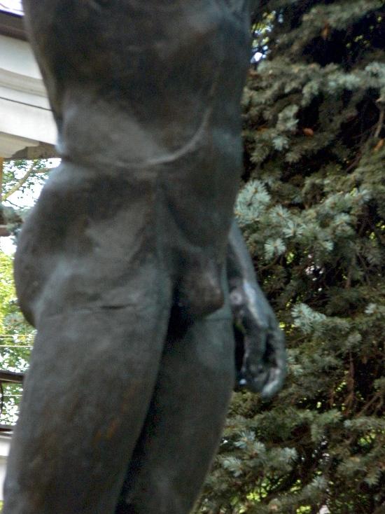 Скульптуры на кам.острове, 26 авг. 2013 (4).JPG