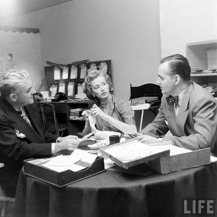 Закулисная жизнь американского модельного агентства конца 40-х годов