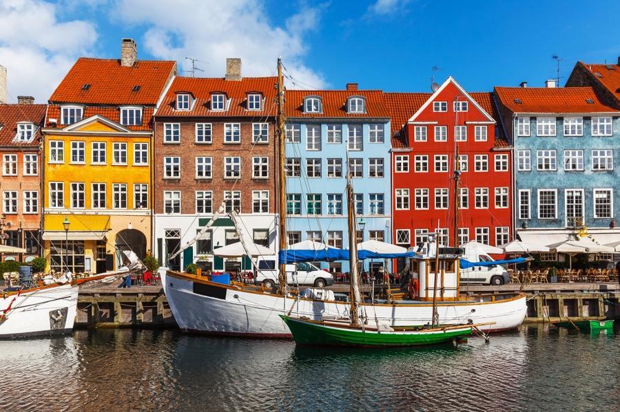 10. Дания считается самой счастливой страной в мире. И не просто так, ведь образование и здравоохран