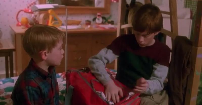 Кевин бы набрал в поисковике «как собрать чемодан», и ему не пришлось бы просить о помощи своих брат