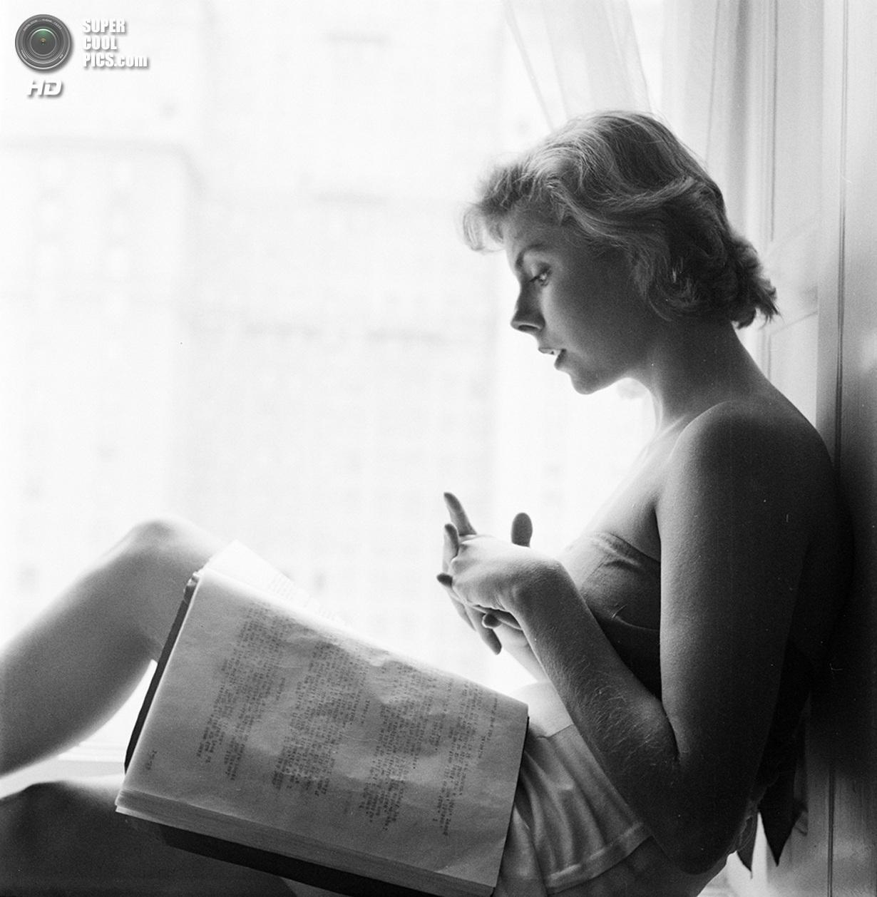 США. Нью-Йорк. 1950 год. Актриса Бетси фон Фюрстенберг. (V&M/Look/Stanley Kubrick)