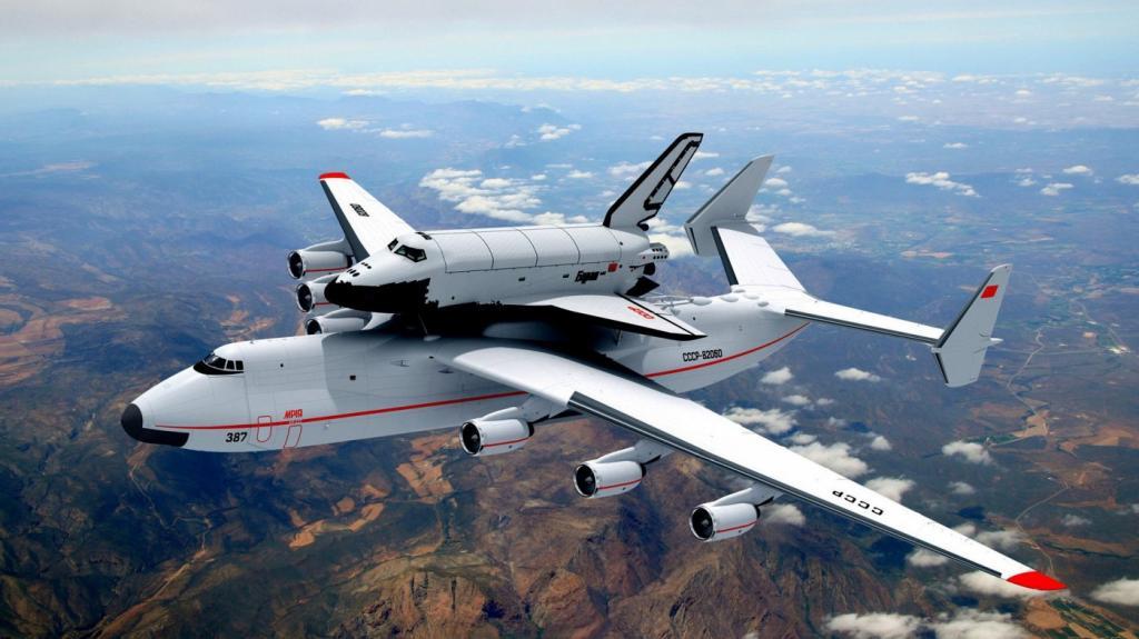 Транспортировка космического корабля «Буран», закреплённого на транспортном самолёте А