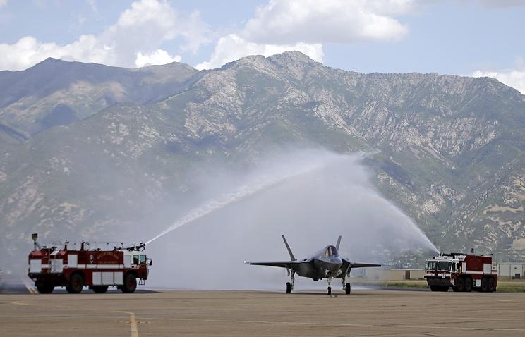 Набазе ВВС США вАйдахо зажегся истребитель F-35