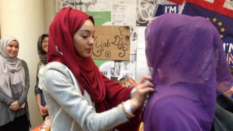 ВИталии родители обрили наголо дочку заотказ носить мусульманский платок