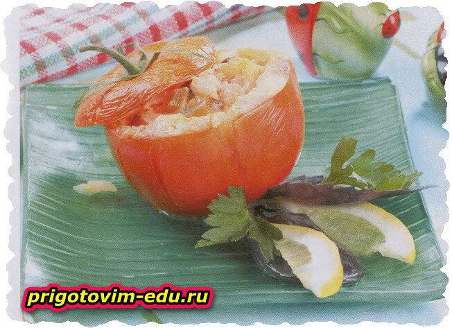 Помидоры с овощной начинкой