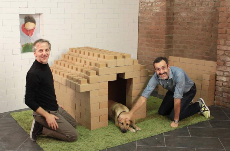 Edo Cardboard - Buid anything with these giant cardboard LEGO bricks