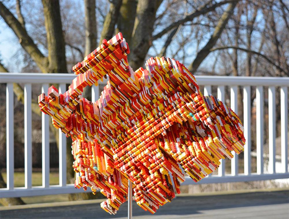 Unwieldy LEGO Sculptures Reveal a Multitude of Hidden Shadow Designs