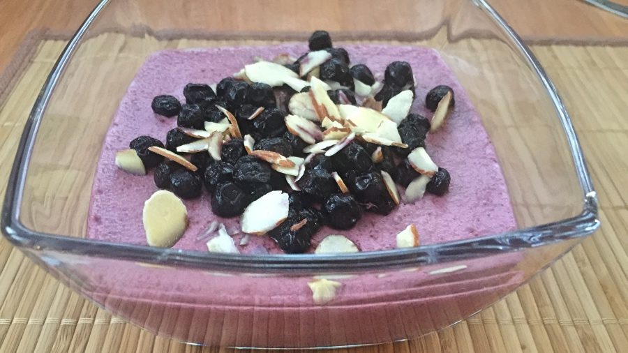 Черничный десерт с семенами чиа