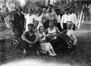 Однодневный дом отдыха. ЧГРЭС в поселке Шершни. 1936