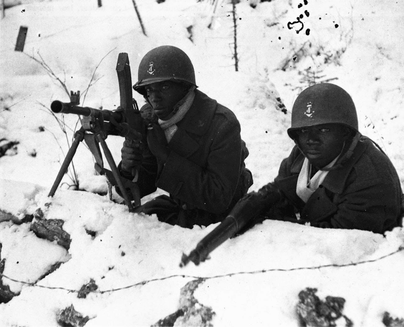 Black soldiers fighting in France, 1944.jpg
