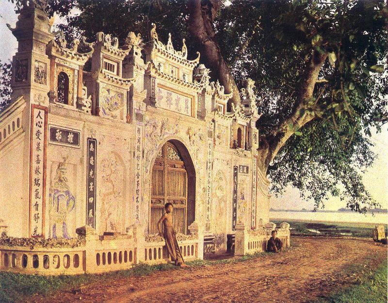 Буддийский храм на пути к Там Дао 4 июня 1916.jpg