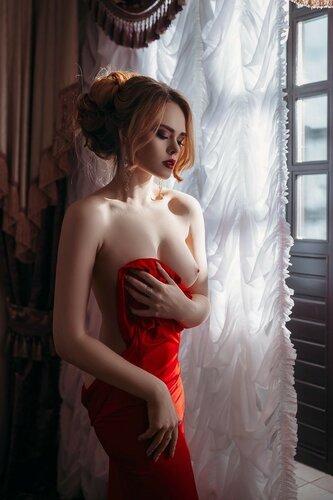 Платья или Девушки? (2) 18+