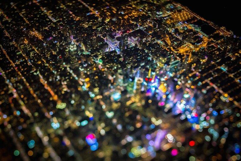 Ночной Нью-Йорк с высоты (фото)