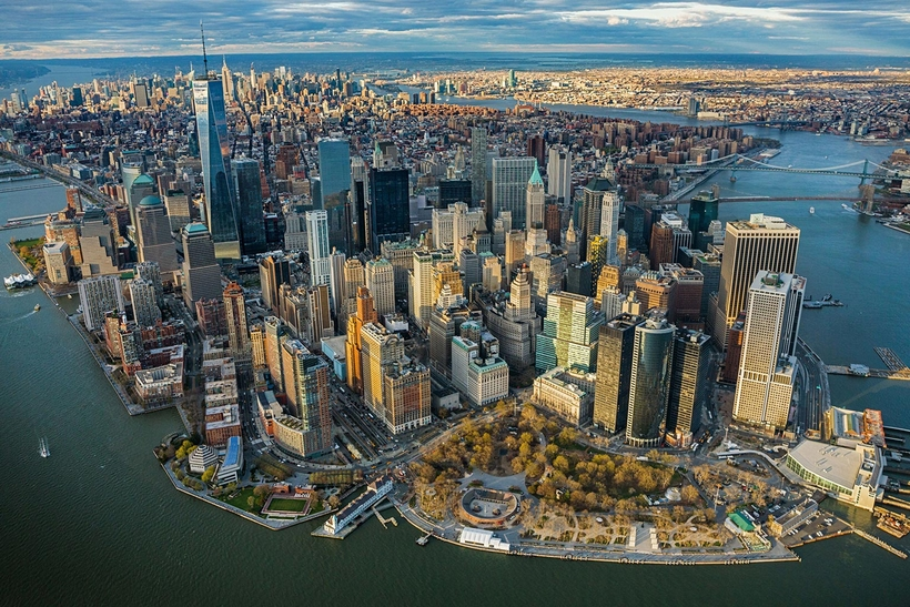 Вертолёт сгубернатором Нью-Йорка совершил аварийную посадку