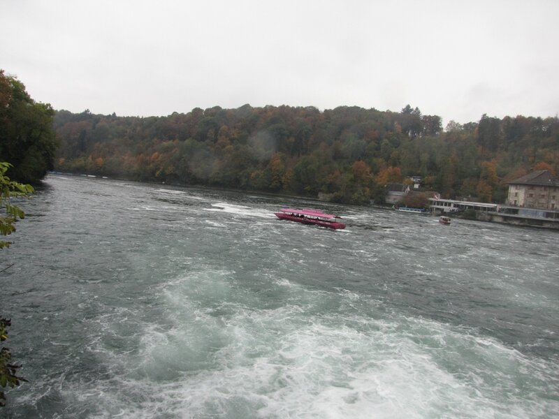 Рейн. Водопад и римский мост