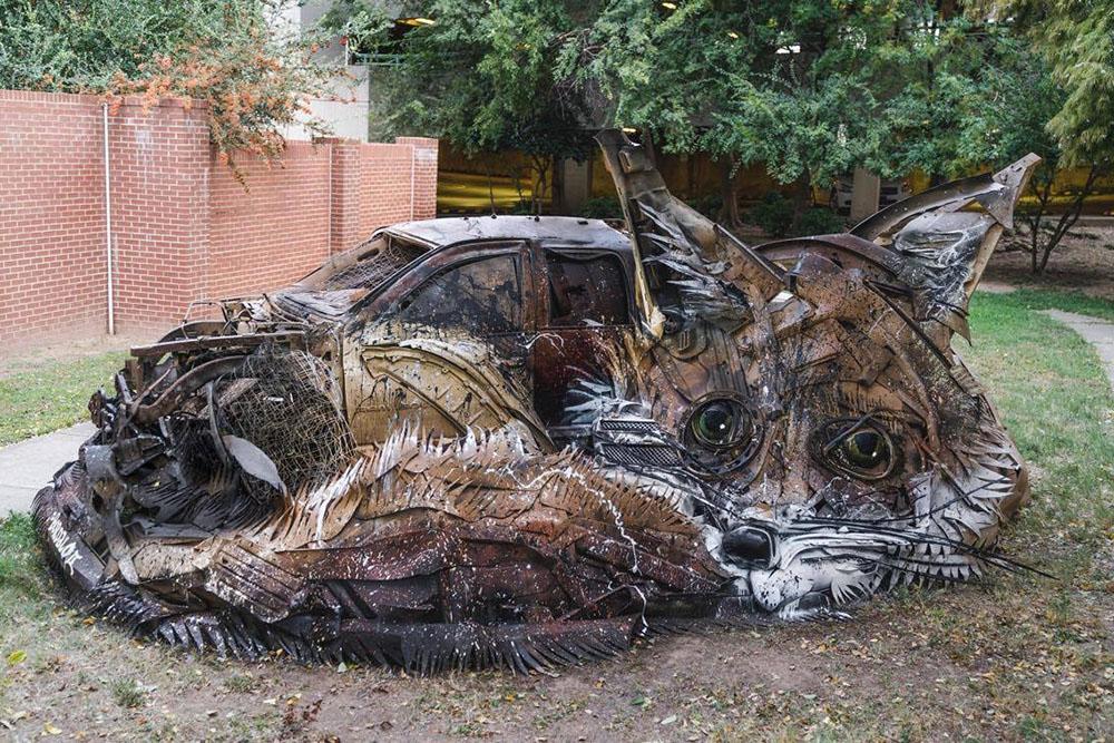 Граффити из мусора от Bordalo II