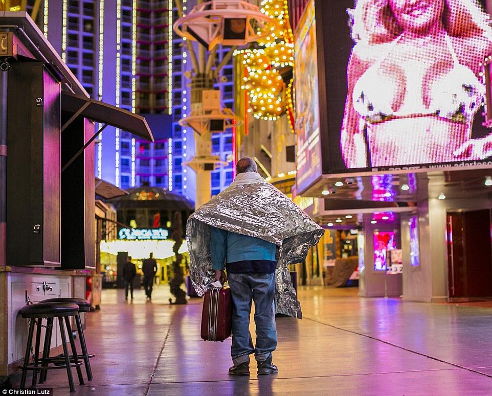 Тайная жизнь Города грехов: негламурная сторона Лас-Вегаса (10 фото)