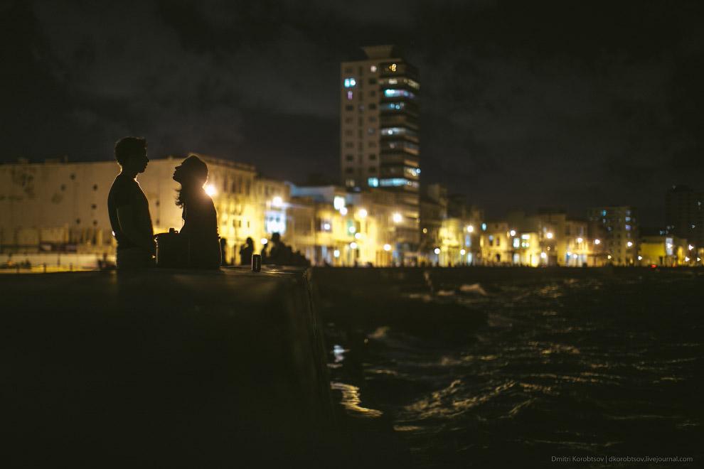 23. Само собой, говоря о Кубе, невозможно не упомянуть местный транспорт. Ясное дело, обилием м