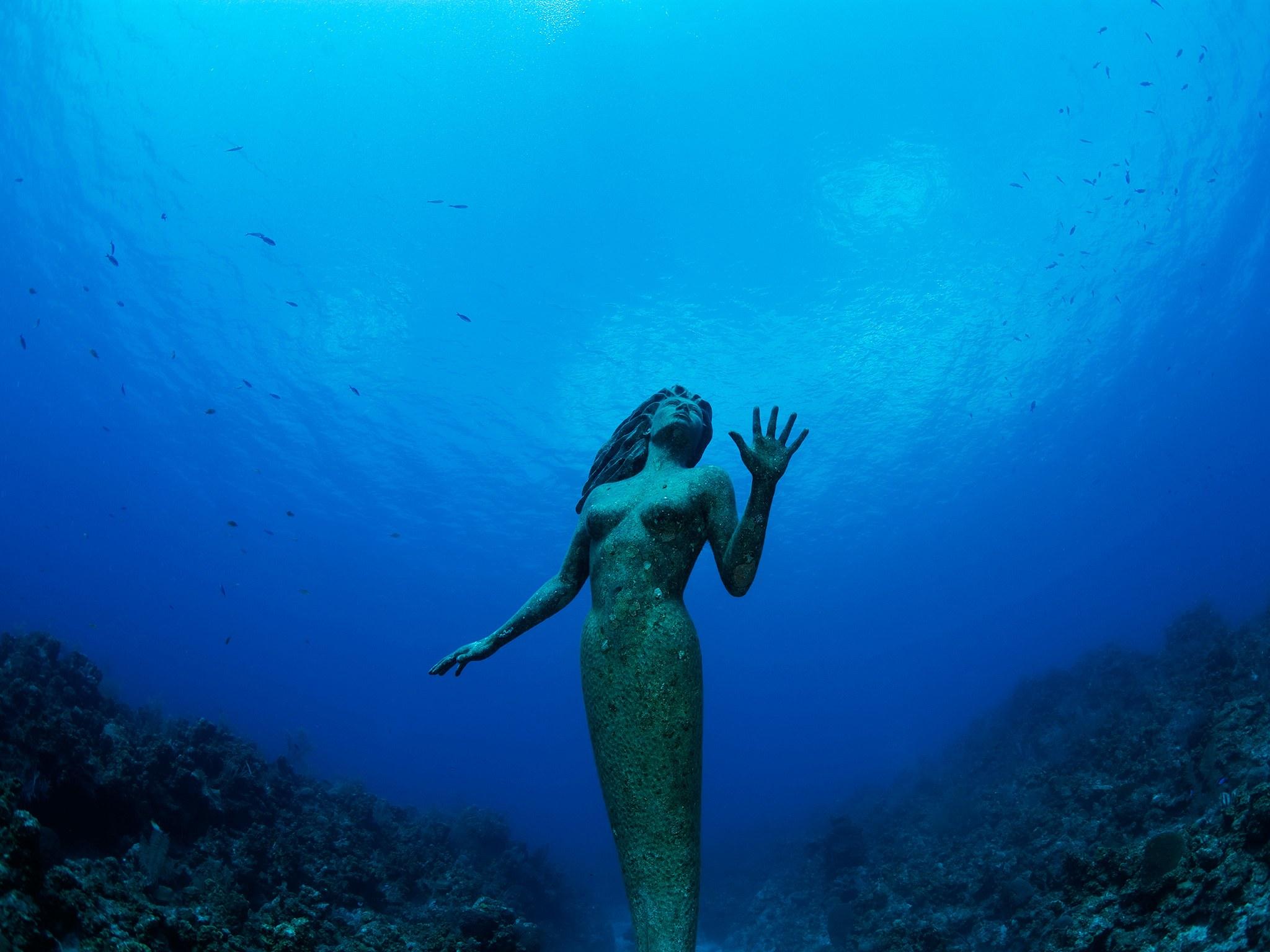 11. Статуя Амфитриты, Каймановы острова, Гранд Кайман. Подводная бронзовая статуя, названная скульпт