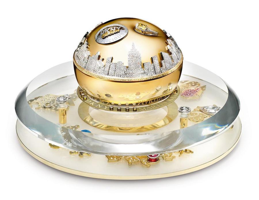 3. В интернете можно найти информацию, что самые дорогие духи — это DKNY Golden Delicious. Но это уж