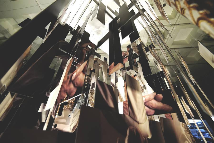 Инсталляция посвященная сериалу «Молодой Папа»