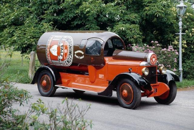 Автомобиль XT5195 Построен в1923году. В1957годпродан непос