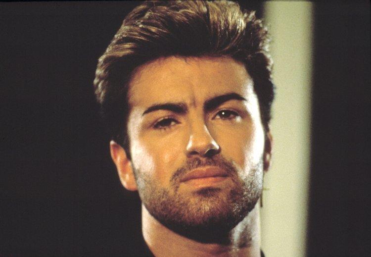 «Утром я отыскал его мертвым, мирно лежащим впостели»— Возлюбленный Джорджа Майкла