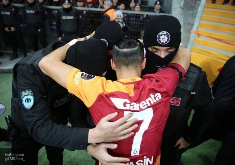 Устроивший стрельбу вночном клубе вСтамбуле террорист признался в правонарушении