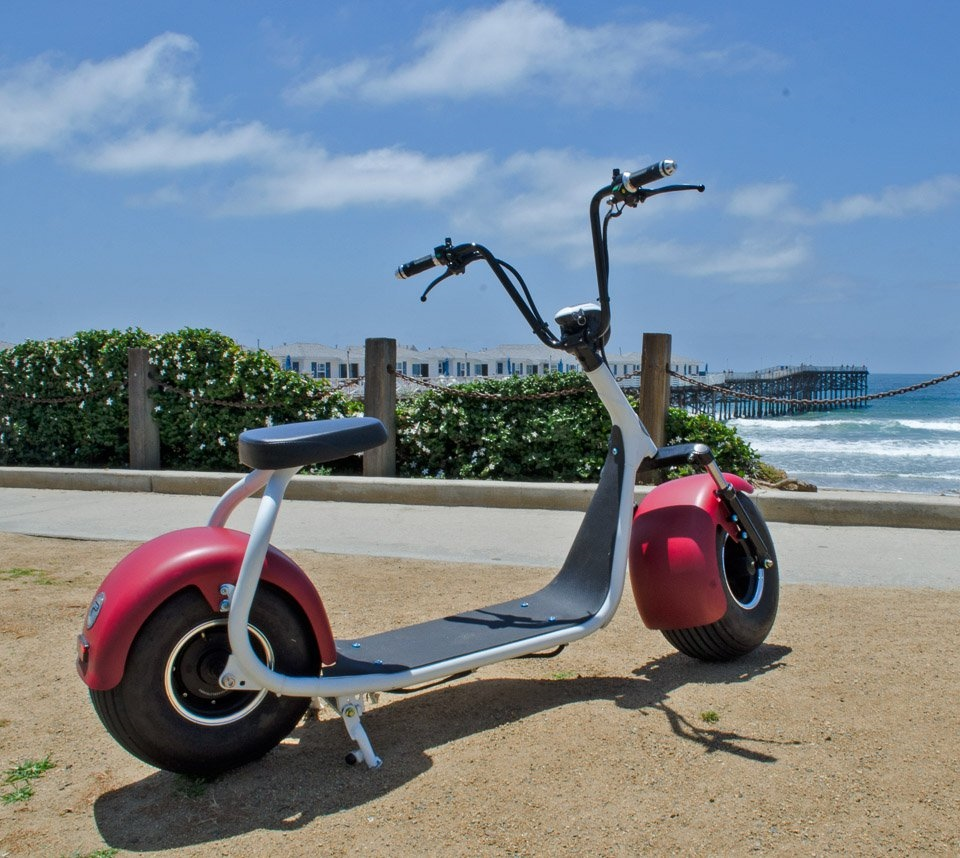 Необычный скутер PHAT