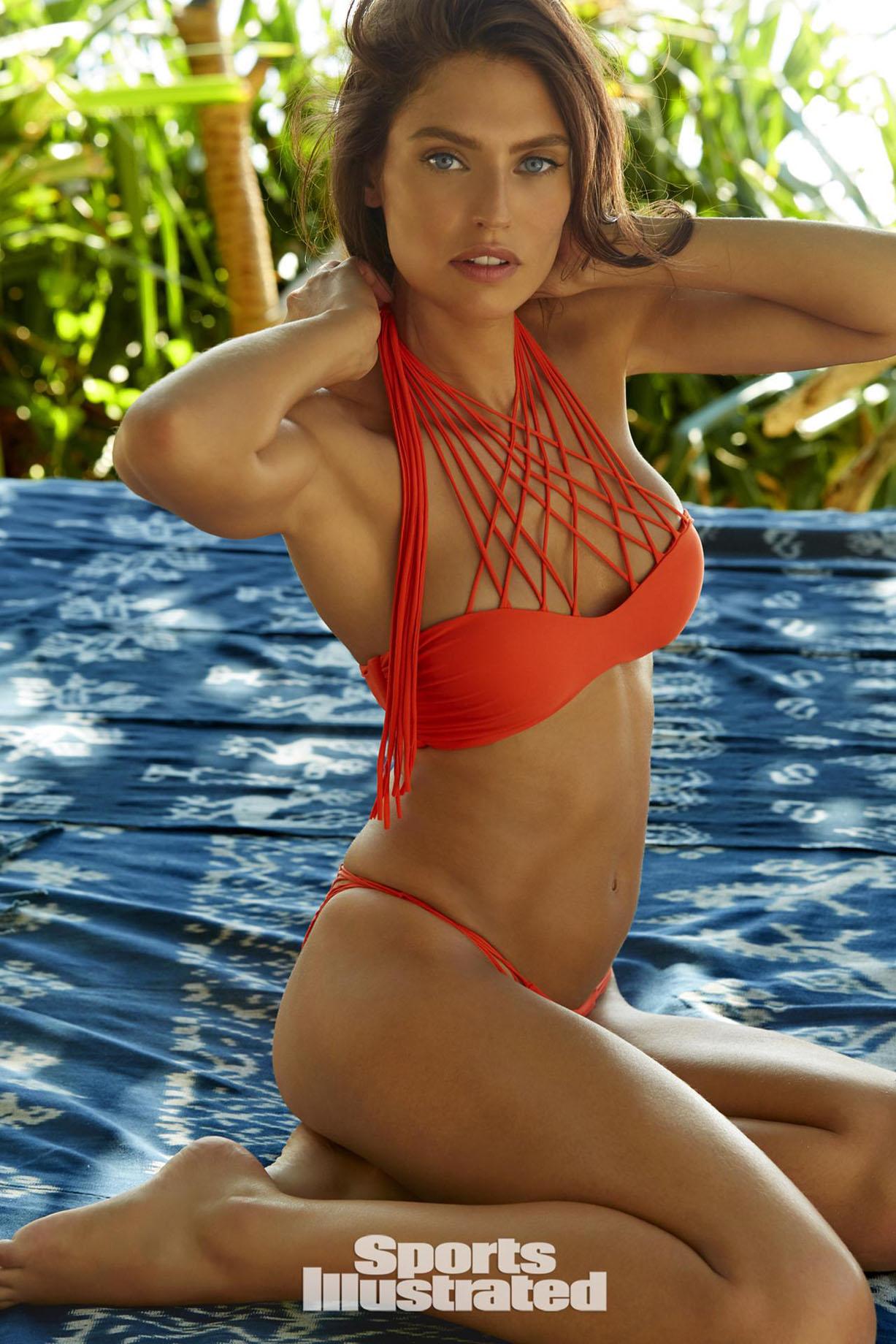Bianca Balti / Бьянка Бэлти в купальниках из новой коллекции Sports Illustrated Swimsuit 2017 issue / in Sumba Island by James Macari