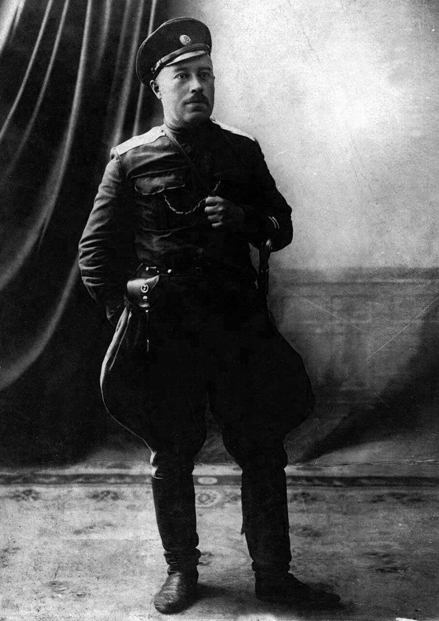 1920. Александр Дутов