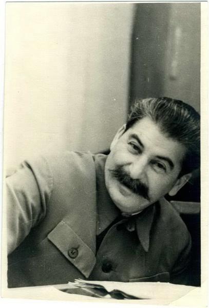 Веселый Сталин.  ( 31 фото )