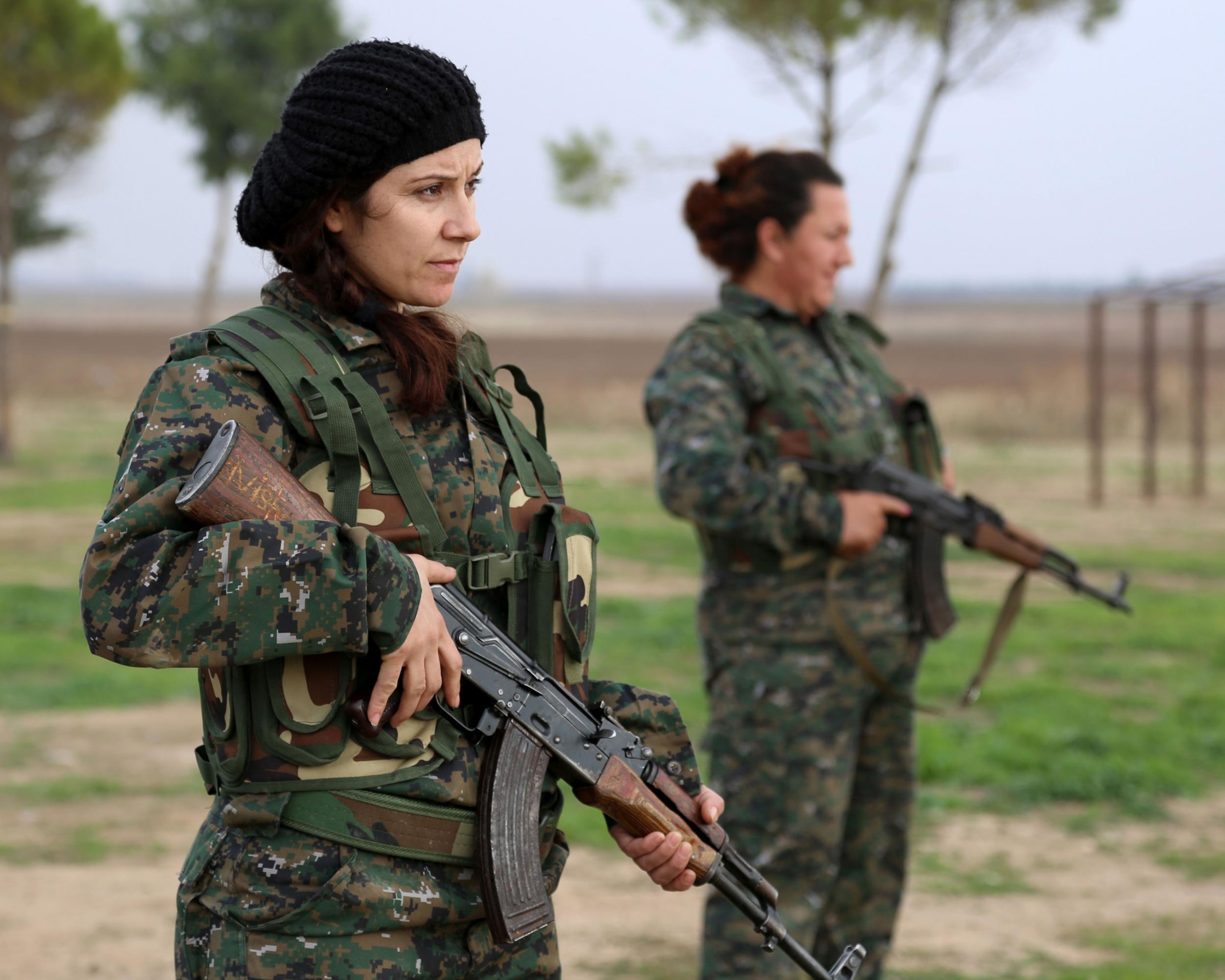 фото курдских девушек версии следствия