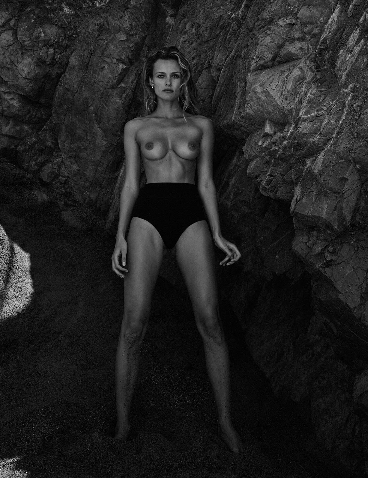 Эдита Вилкевичуте / Edita Vilkeviciute by Chris Colls - Vogue Mexico june 2017