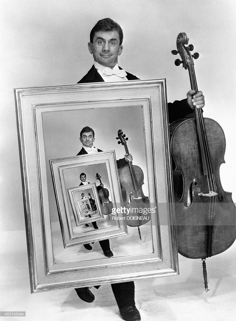 1958. Французский виолончелист Морис Баке