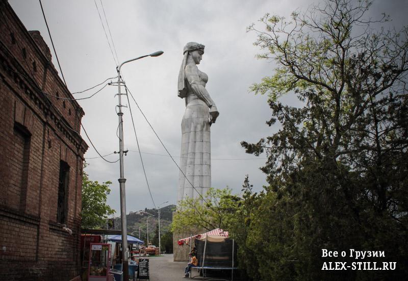 Главный символ Тбилиси - мать Картли
