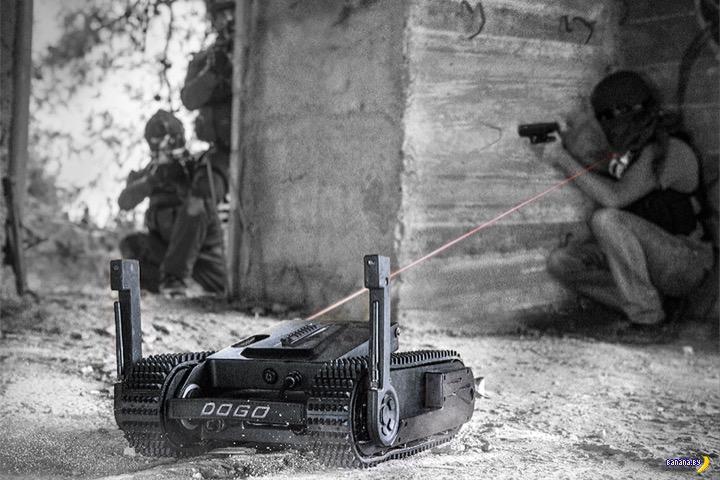 Дело в том, что внутри малыша DOGO установлен боевой пистолет Glock с отдельной камерой для прицелив