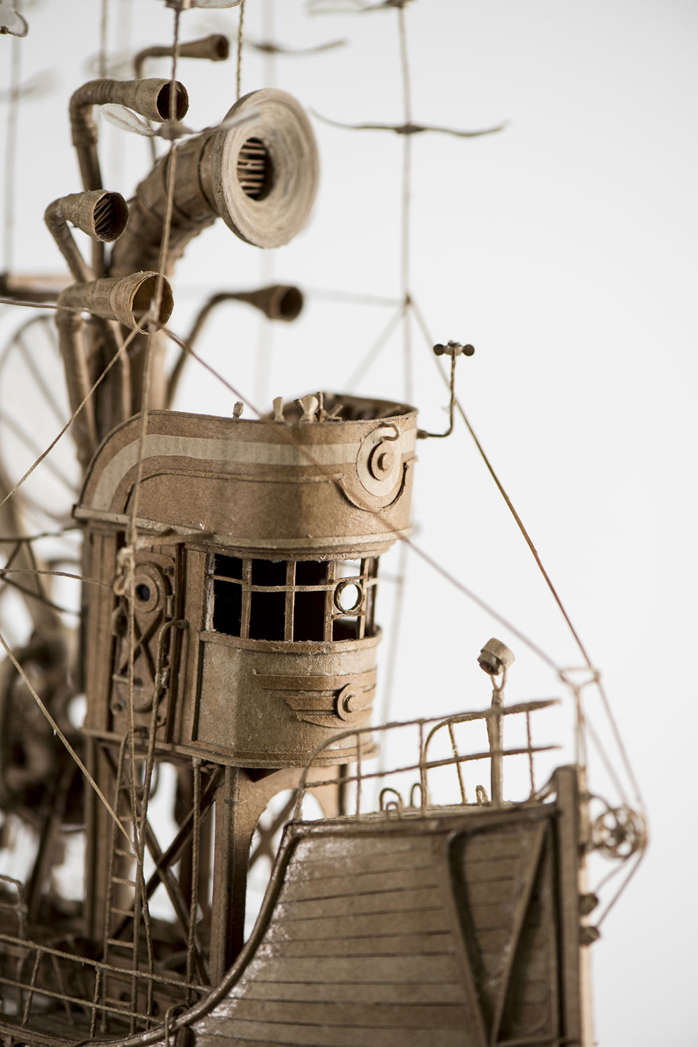 Magnificent Cardboard Airships by Jeroen van Kesteren