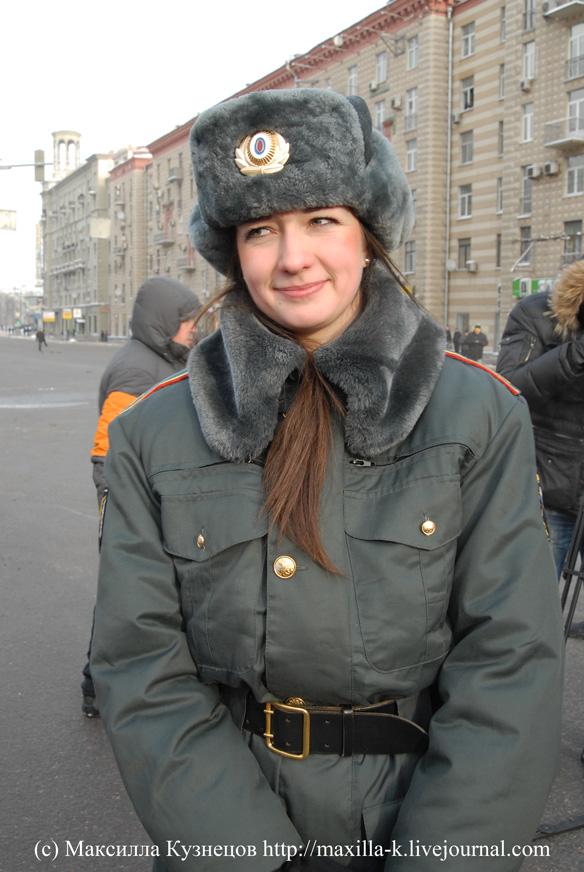 Девушка-милиционер