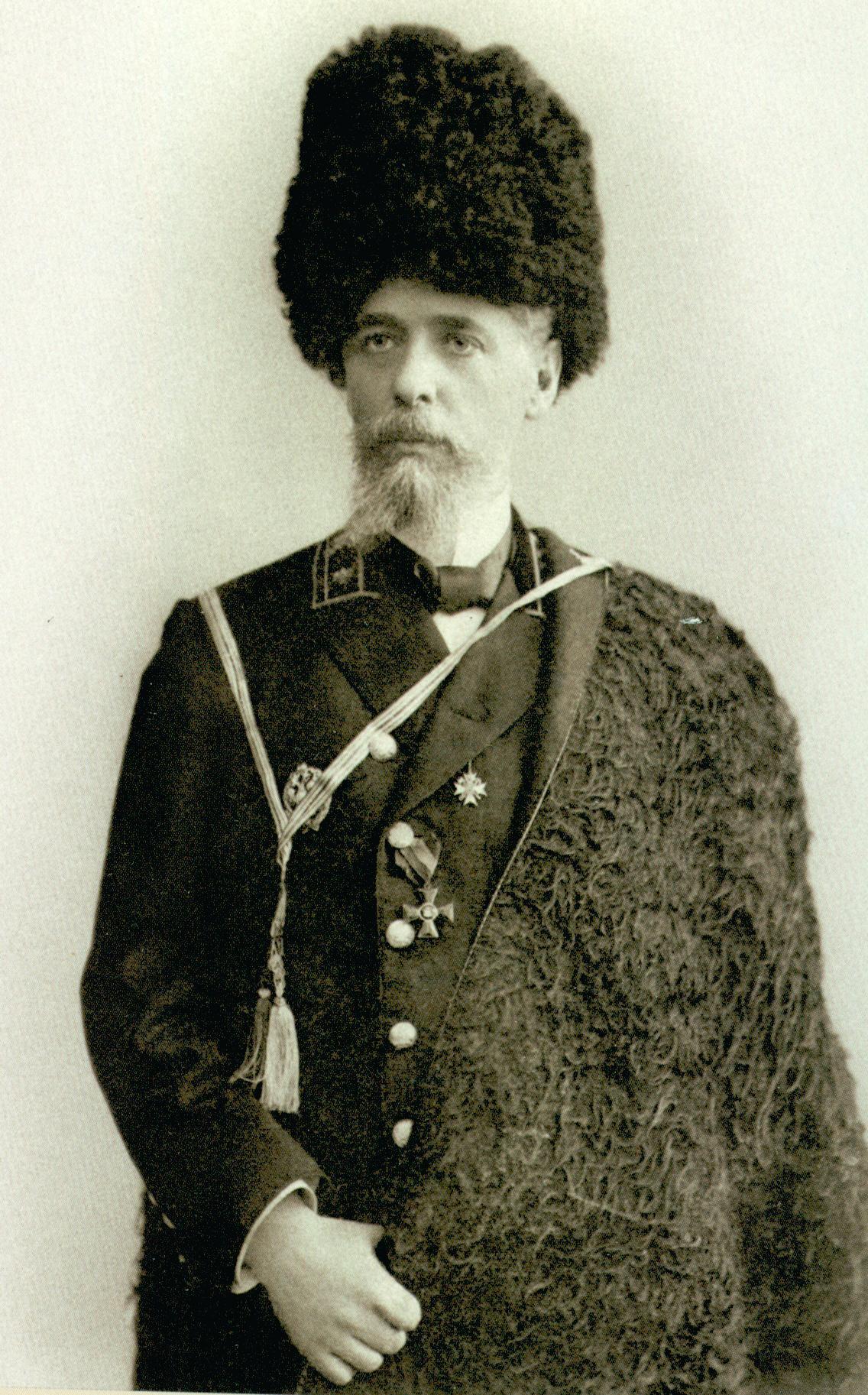 Гарин-Михайловский Николай Георгиевич.Считается одним из отцов-основателей города Новониколаевска