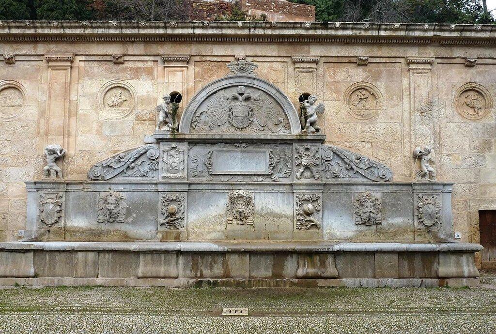 1280px-Alhambra,_Puerto_de_las_Granadas_06_(4391749171).jpg