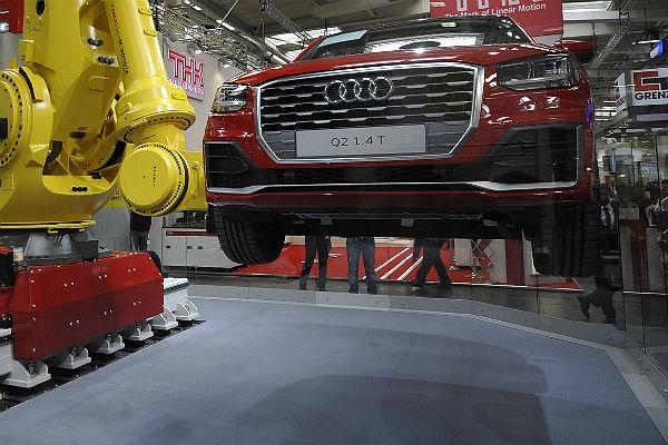 Volkswagen объявил опланах возобновить выпуск Audi в России