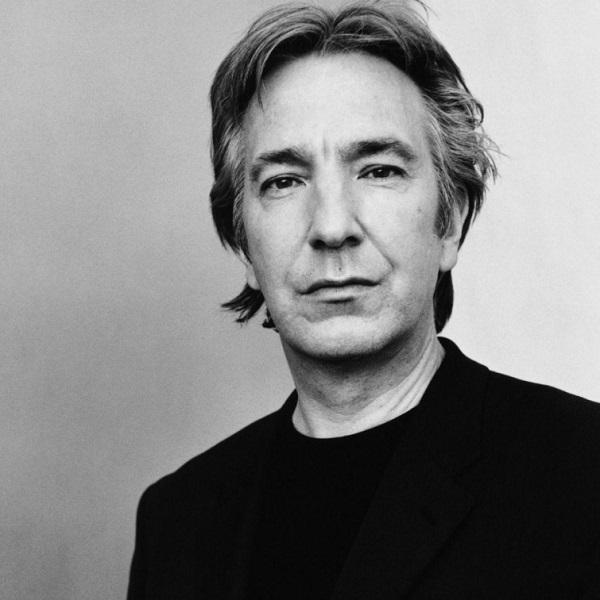 Этот талантливейший английский актер прожил достаточно долгую и интересную жизнь. Наш любимый профес
