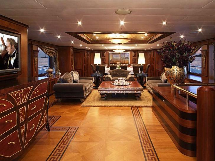 Яхта Deniki Пункт прибытия: Галапагосские острова. Цена за неделю: 270 тысяч долларов. На яхте пять