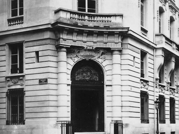 В Louis-Dreyfus Group было невозможно голосование, так как ее покойный муж заблокировал акции на 99
