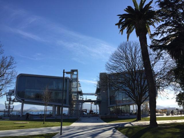 Культурный центр в Испании от Renzo Piano