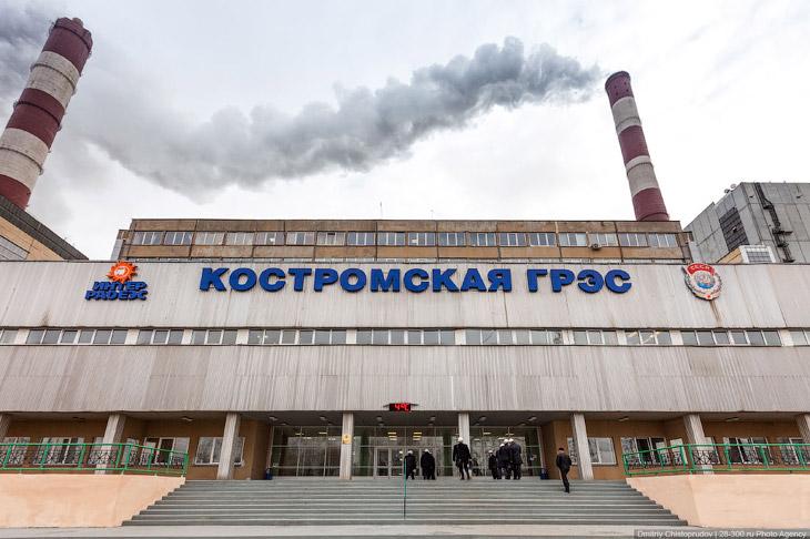 В шестидесятые годы специальная комиссия изучила множество площадок от Горького до Рыбинска для стро