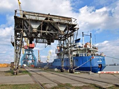 Белгород-Днестровский порт оказался награни остановки