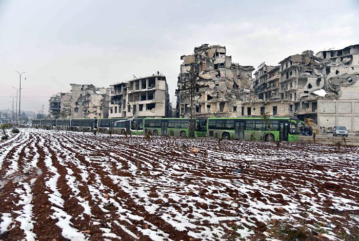 Последние боевики покинули Алеппо, город контролирует сирийская армия
