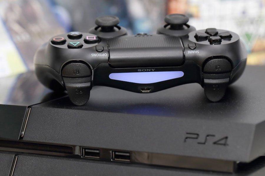 Xbox One отстает отPS4 вдвое